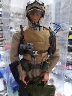 Boneco De Militar De Airsoft C/ Acessórios Destacáveis 30cm