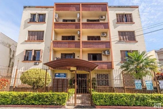 Apartamento Em Petrópolis Com 3 Dormitórios - Rg5988