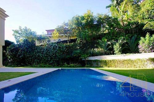 Casa Cidade Jardim, Projeto De Bi Crisóstomo, 840 M², 4 Suítes, Piscina, Área Gourmet, Jardim Com Paisagismo E Muito Espaço. Av. Amarilis - Ca0575