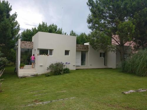 Imagen 1 de 13 de Vendo/permuto  Casa En Costa Esmeralda Residencial 1 Dueño