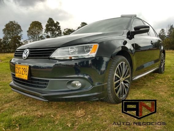 Volkswagen Nuevo Jetta Dtm 2.5 Dsg 2014