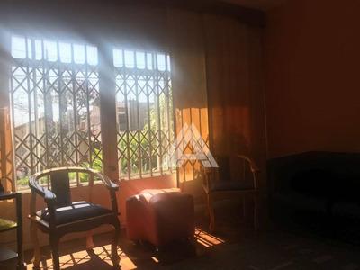 Excelente Casa Térrea No Bairro Jardim - Ca3393
