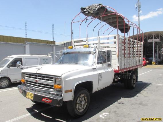 Chevrolet C30 Camión Estacas