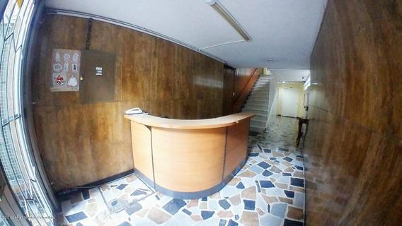 Apartamento En Venta Bogota Rah Co:20-42sg