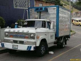 Furgones Dodge D300