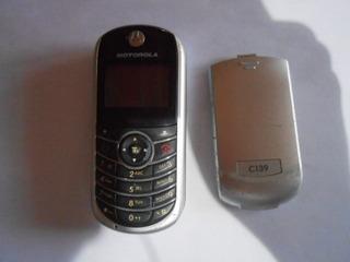 Celular Motorola C139 P/ Reaproveitamento De Peças A88-29
