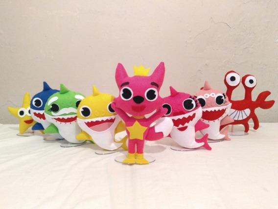 Kit Familia Baby Shark De Feltro Com 8 Bonecos Com Suporte.