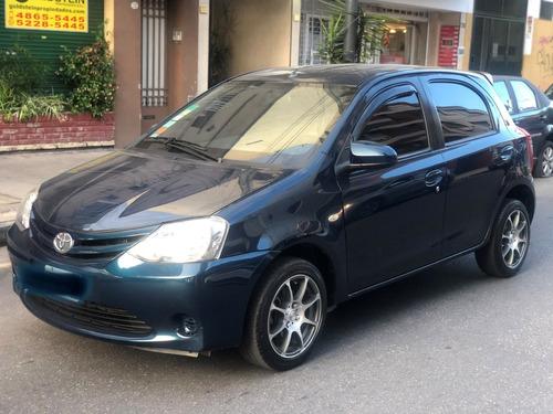 Toyota Etios Xs 1.5 5p 2014 Impecable