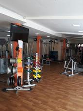 Academia Completa De Musculação E Ginástica
