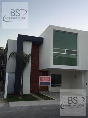 Gps /casa En Venta En Juriquilla Santa Fe