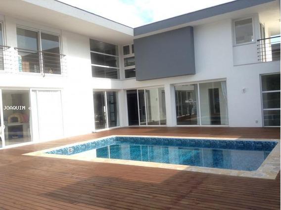 Casa Em Condomínio Para Venda Em Florianópolis, Itacorubi, 4 Dormitórios, 2 Suítes, 6 Banheiros, 2 Vagas - Cacf 113