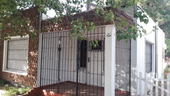 Casas 3 Y Dos Ambientes Con Jardín Y Parrillas Centro Y Mar