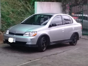 Toyota Echo 2001 Negociable