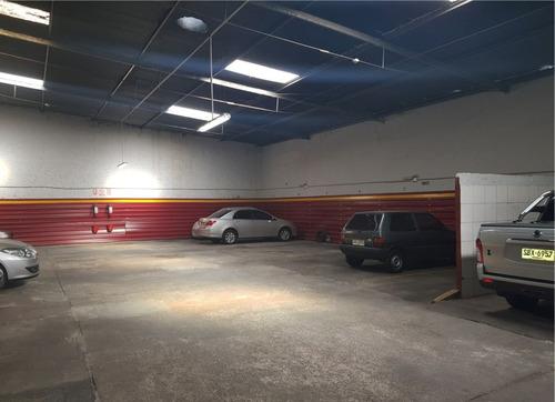 Venta Parking Con Renta 459 M2 - 23 Lugares - Centro