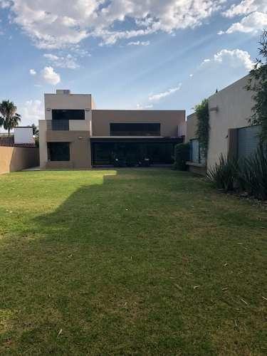Casa En Renta Amueblada En Villas Del Meson Juriquilla