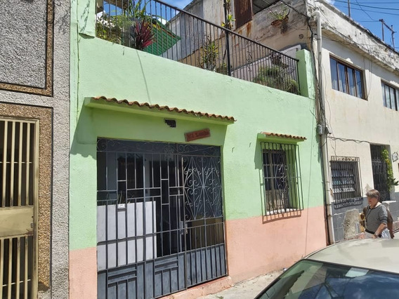 Vendo Casa Con Anexo 7 Habitaciones