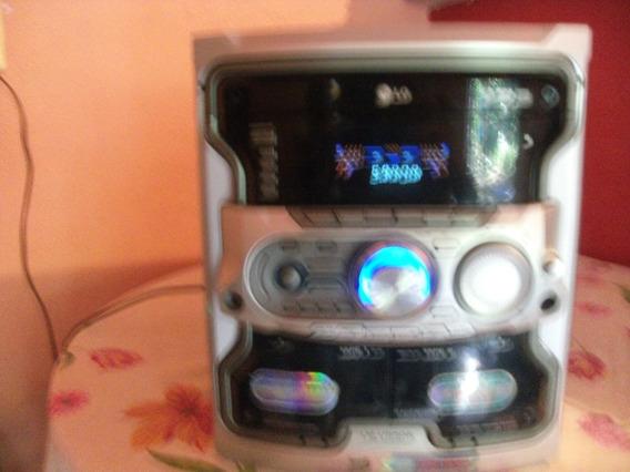 Micro System Lg Mod.lm-u55oa Usb Mp3 Funcionando + Sem Som