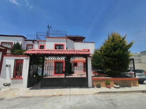 Imagen 1 de 12 de Casa Sola En Venta Amplia Casa En Esuqina Haciendas Pachuca