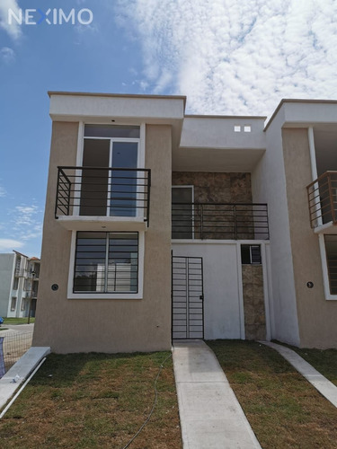 Imagen 1 de 11 de Casa Nueva En Venta En Fraccionamiento La Calma A 500metros De Avenida México Y Centros Comerciales