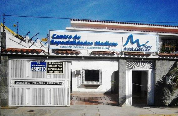 Casas En Venta Los Corales 20-24890 Rah Samanes