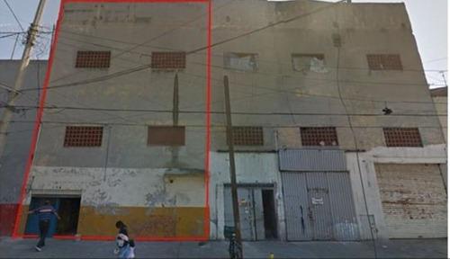 Se Venden 2 Edificios Destinado Para Bodegas En La Merced