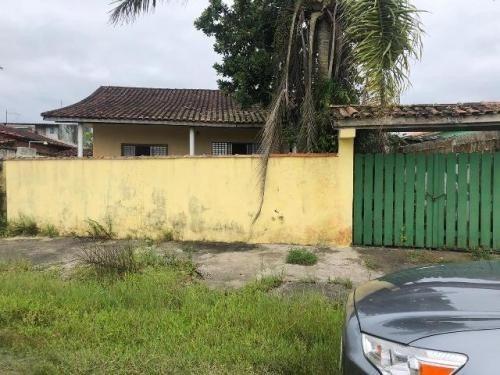 Casa Com Quintal E Perto Do Centro Do Gaivota Em Itanhaém Sp