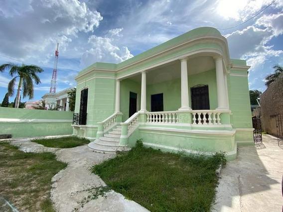 Casa En Venta En El Centro De Mérida Para Remodelar A 1 Cuadra De Paseo De Montejo!!