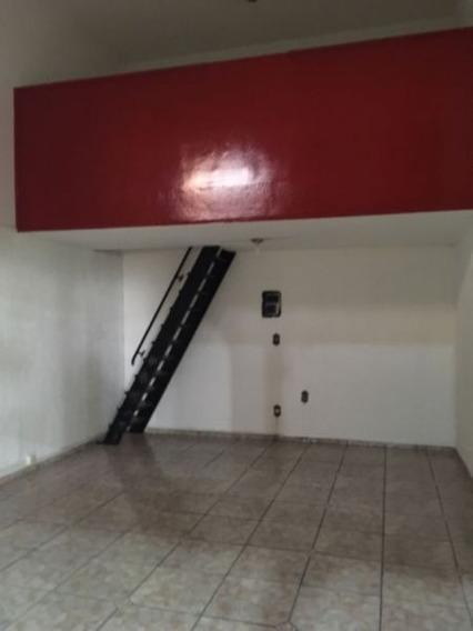 Aluguel De Comercial / Ponto Na Cidade De Araraquara 2826