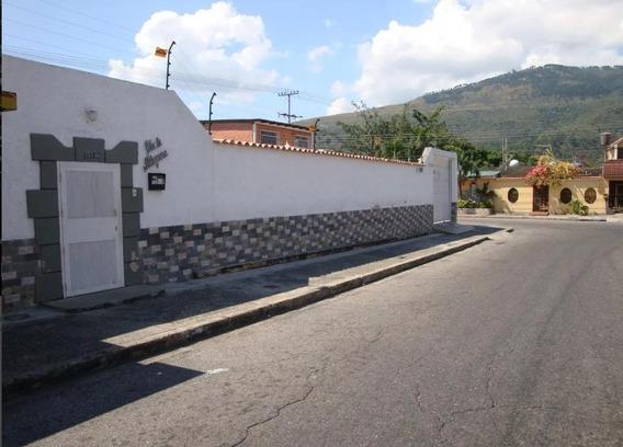 Casa En Naguanagua, Urb. La Campiña