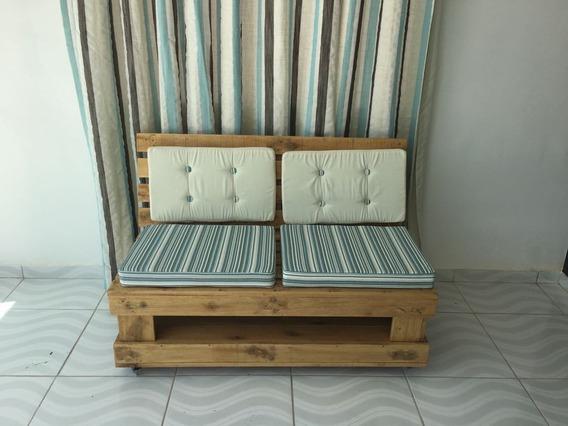 Sofá De Pallets Com Almofadas