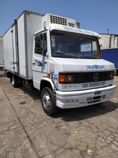 Mercedes Benz 710 2012 Con Furgon Termico Impecable