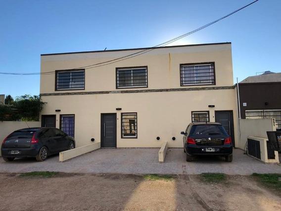 Tres Duplex En Cañuelas En Block O Individuales