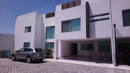 Casa En Renta En Camino Real, Amplio Jardin A 2 Min Udlap ( No Amueblada)