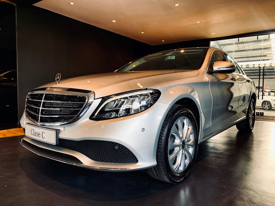 Mercedes Benz Clase C Exclusive Plata 4*2 At Cuero 2021