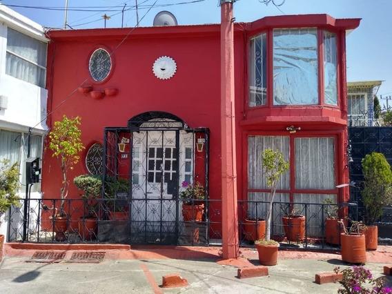 Casa En Venta En Ciudad Satélite, Naucalpan Rcv-3975