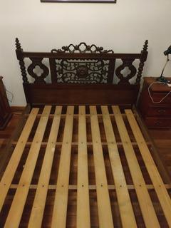 Cama Antigua De Madera Tallada - Única