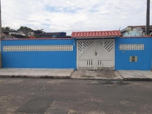 Casa Bem Localizada Aceita 100 Mil De Entrada Em Itanhaém Sp
