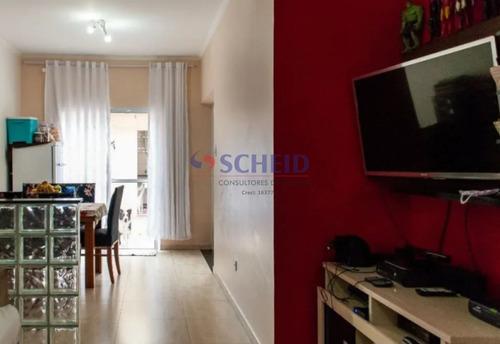 02 Dormitórios, 02 Banheiros E 01 Vaga - Mr73982