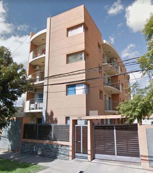 Departamento Moreno Alquiler Dueño Directo 2 Amb Cochera.