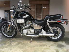 Honda Shadow Vt700cc 86