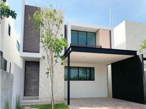Casa En Temozon, Excelente Ubicación Mérida, Yucatán Calidad De Vida Todo A 5 Minutos