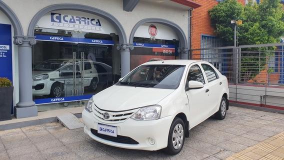 Toyota Etios - Año 2015 - Entrega U$s 1.000