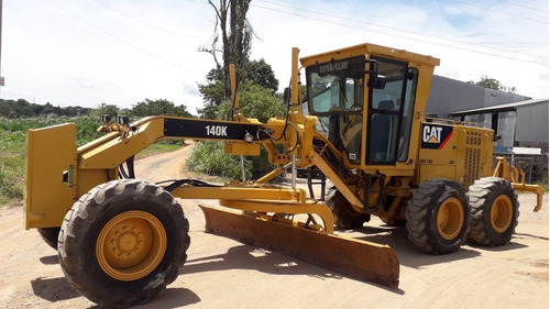 Motoniveladora  Caterpillar  140k