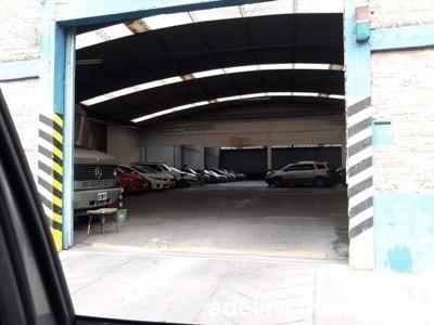 Garaje Con Espacio Aéreo
