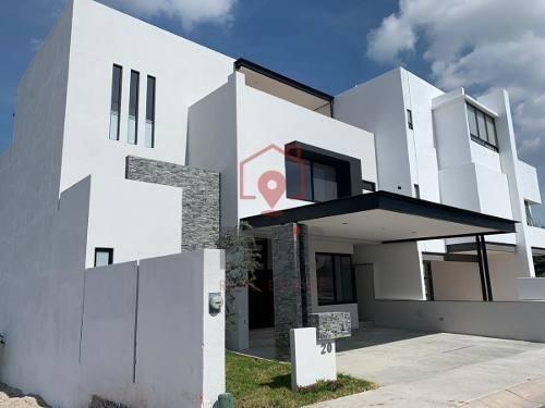 Casa De 4 Habitaciones + Roof Garden En Zibatá