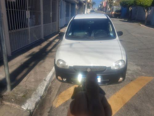 Chevrolet Corsa 2000 1.6 Gls 5p