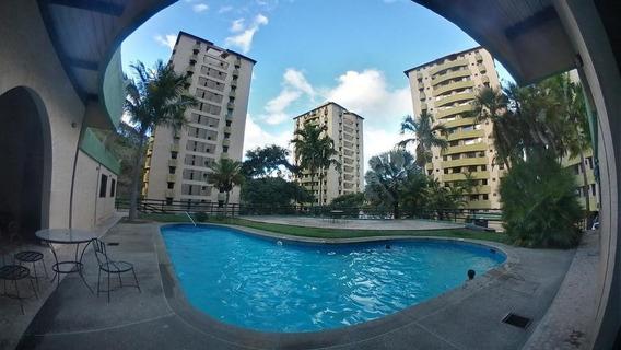 Majestuoso Apartamento En Valencia Cod 20-2852 Jel