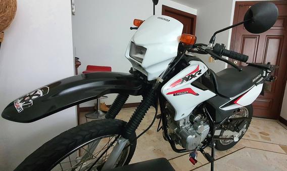 Honda Nxr 125c.c. Mod.2010 Blanca. Excelente Estado