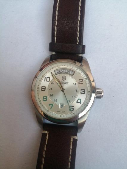 Reloj Victorinox Ambassador Automático Day And Date
