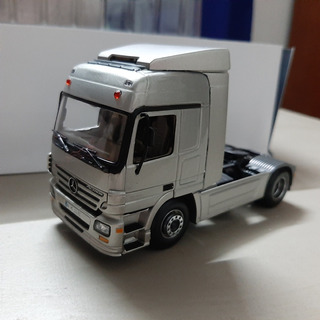 Camiones Escala 1:43 Mercedes Benz
